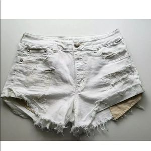 American Eagle Jean white Shorts High Rise Size 2